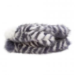 Варежки из вязаной норки А4151