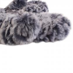 Варежки из кролика А4200